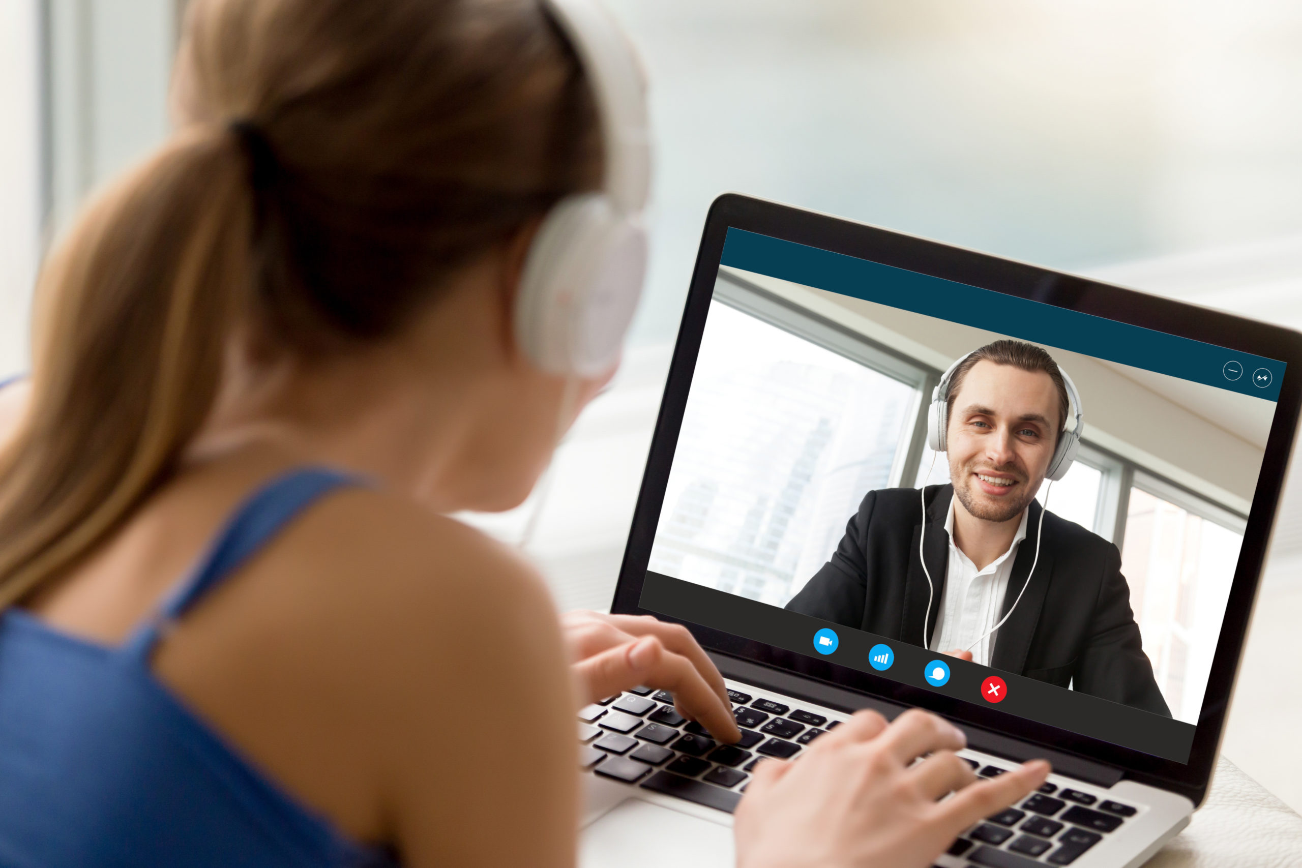 Gadget phone game-changers for long distance relationships